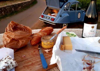 Visite insolites et gastronomie 2CV à Beaune en Bourgogne